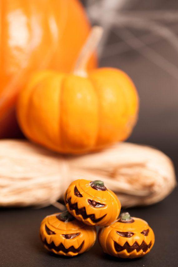 JACK O LANTERN Halloween Pumpkin Spice Praline by Rawnaissance