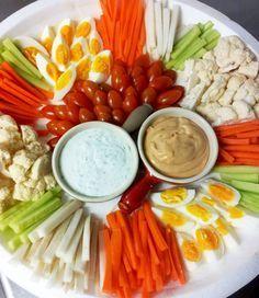 El picoteo, piqueo o aperitivo es un infaltable en la mesa cuando recibimos gente o para compartir con amigos. Esta version es crocante, especial para dieta