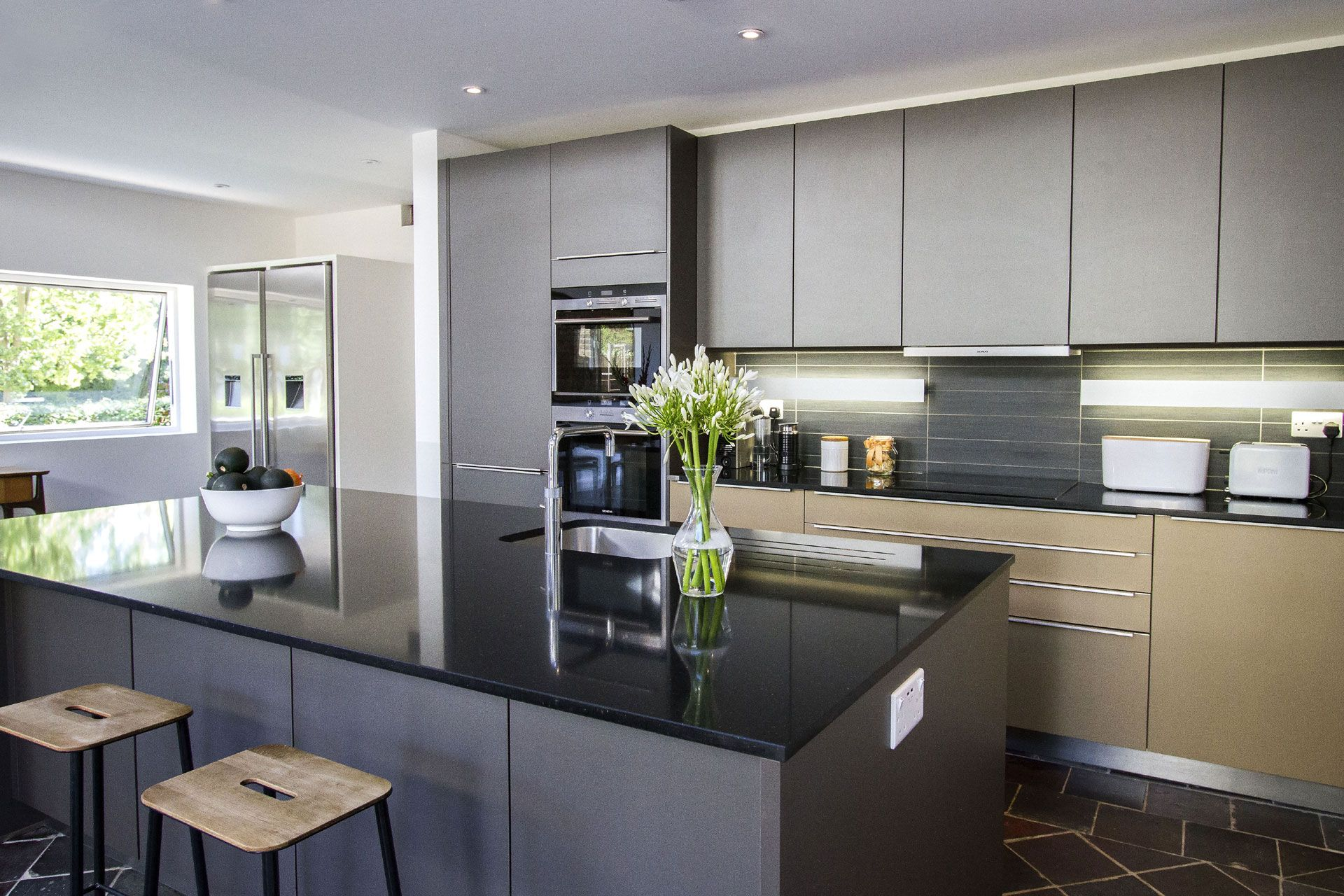 CASE STUDY Contemporary kitchen in East Twickenham IPS