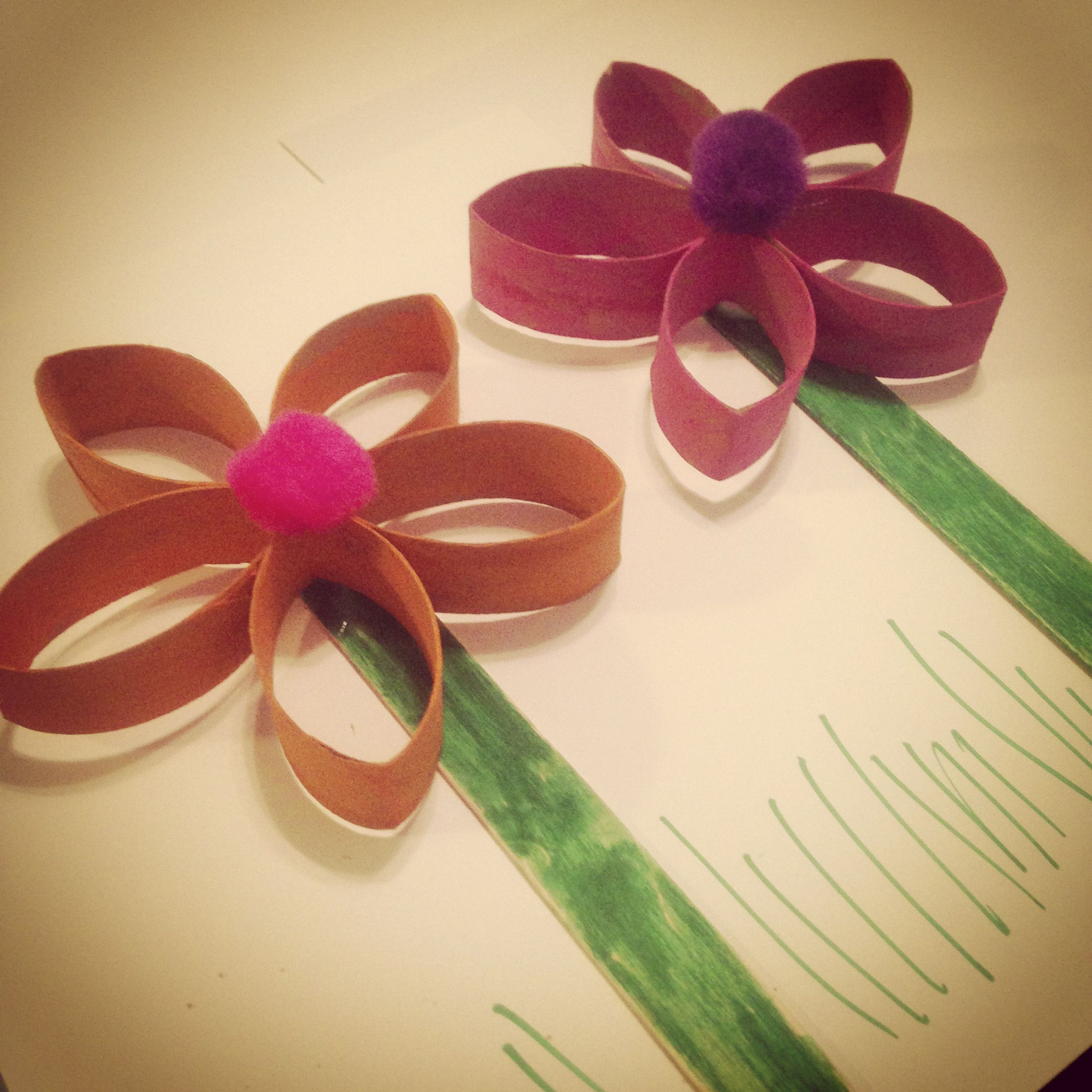 Flowers Made Out Of Toilet Roll Tubes And Popsicle Stick Ideas