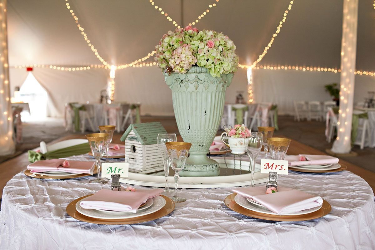 Vintage table setting soft pink and green