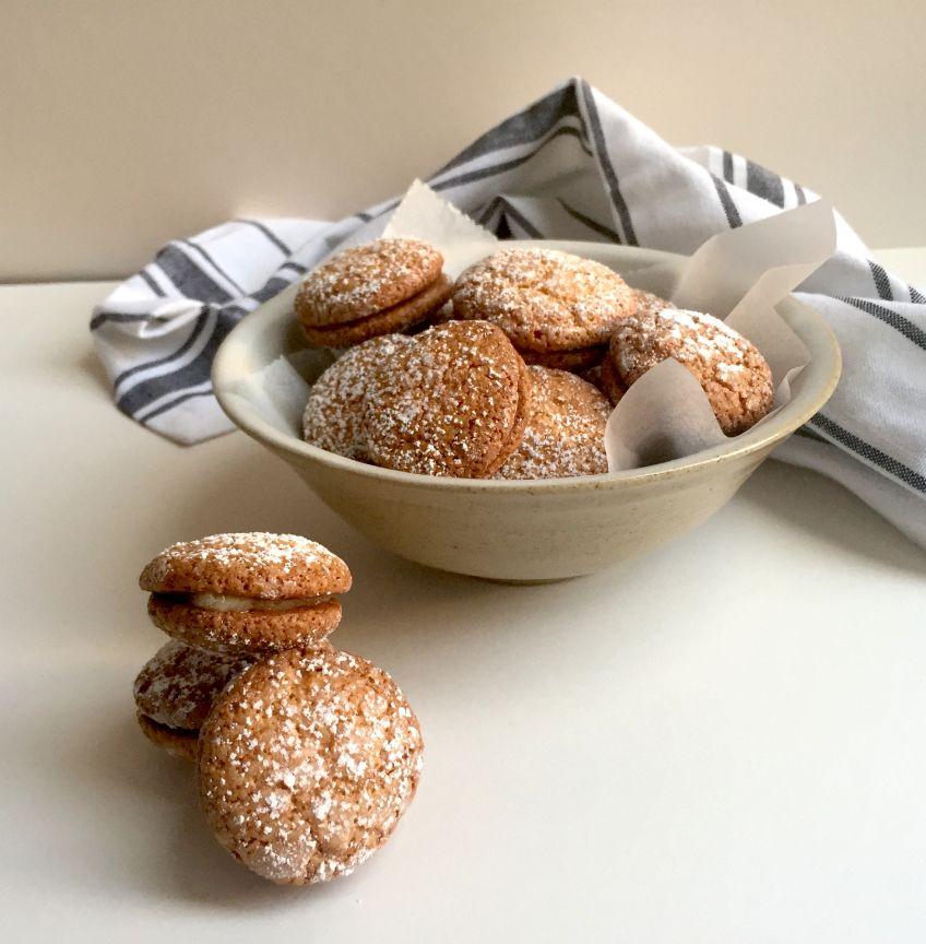 Macarons à l\u0027ancienne Recipe Macarons, Almond paste and Sandwich - cuisine a l ancienne