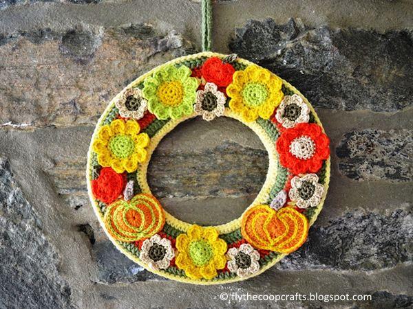 Photo of crochet Autumn Crochet Wreath free pattern