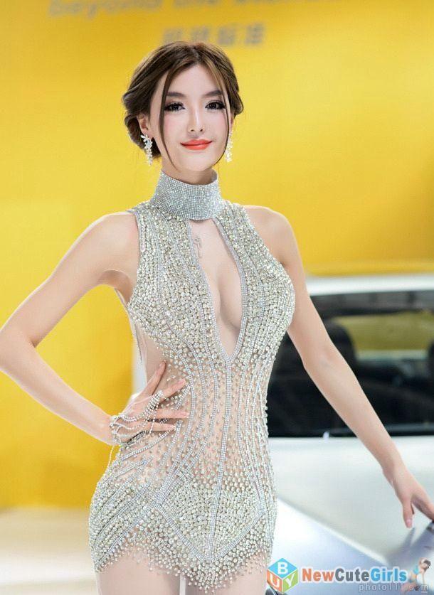 13 Best racequeen images | Umbrella girl, Promo girls, Asian woman