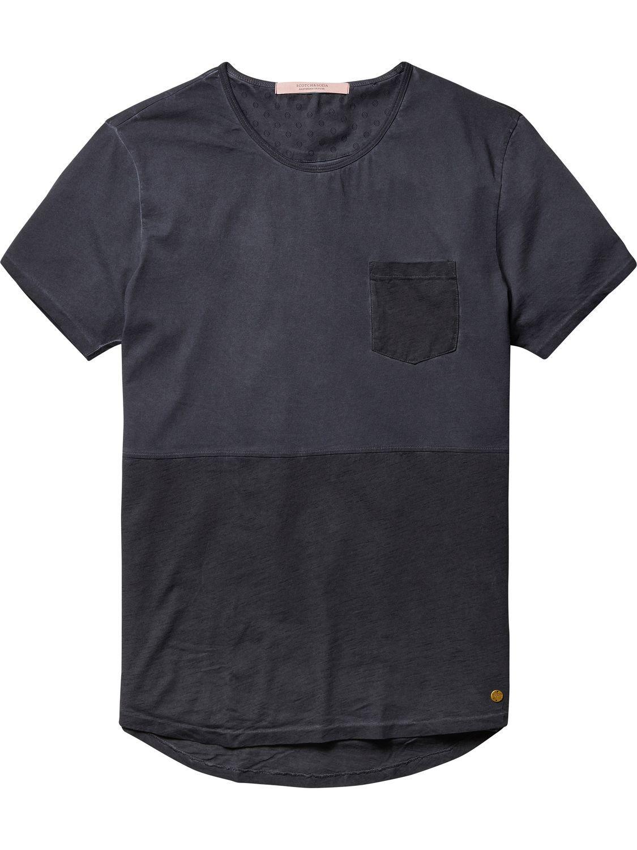 Camiseta de paneles cosidos