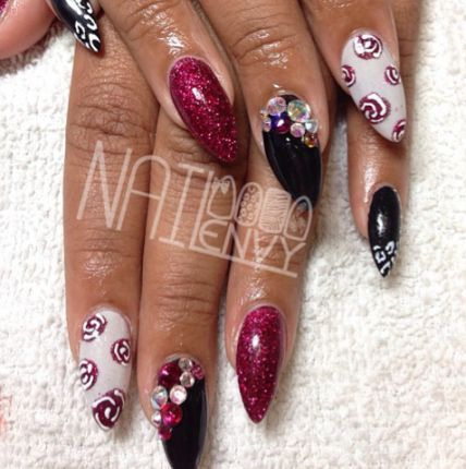 Designs For Long Or Stiletto Nails Long Nails Oval Nails Stiletto
