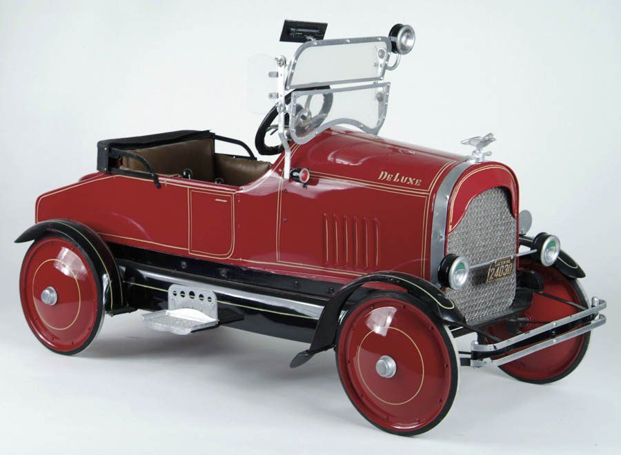 DELUXE TOLEDO FIRE CHIEF PEDAL CAR. Wow! DELUXE TOLEDO FIRE CHIEF ...