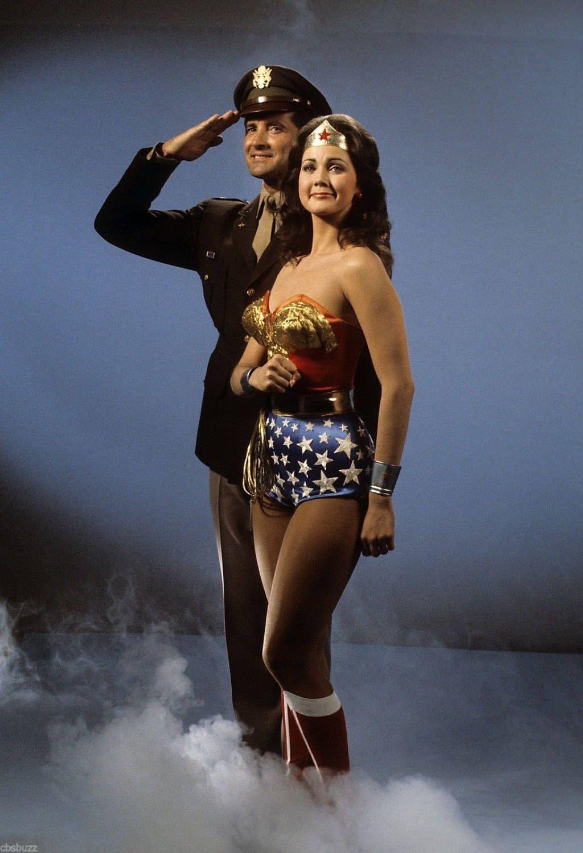 Wonder Woman Tv Show Star Lyle Waggoner Signed Autograph Etsy Wonder Woman Women Tv Lynda Carter