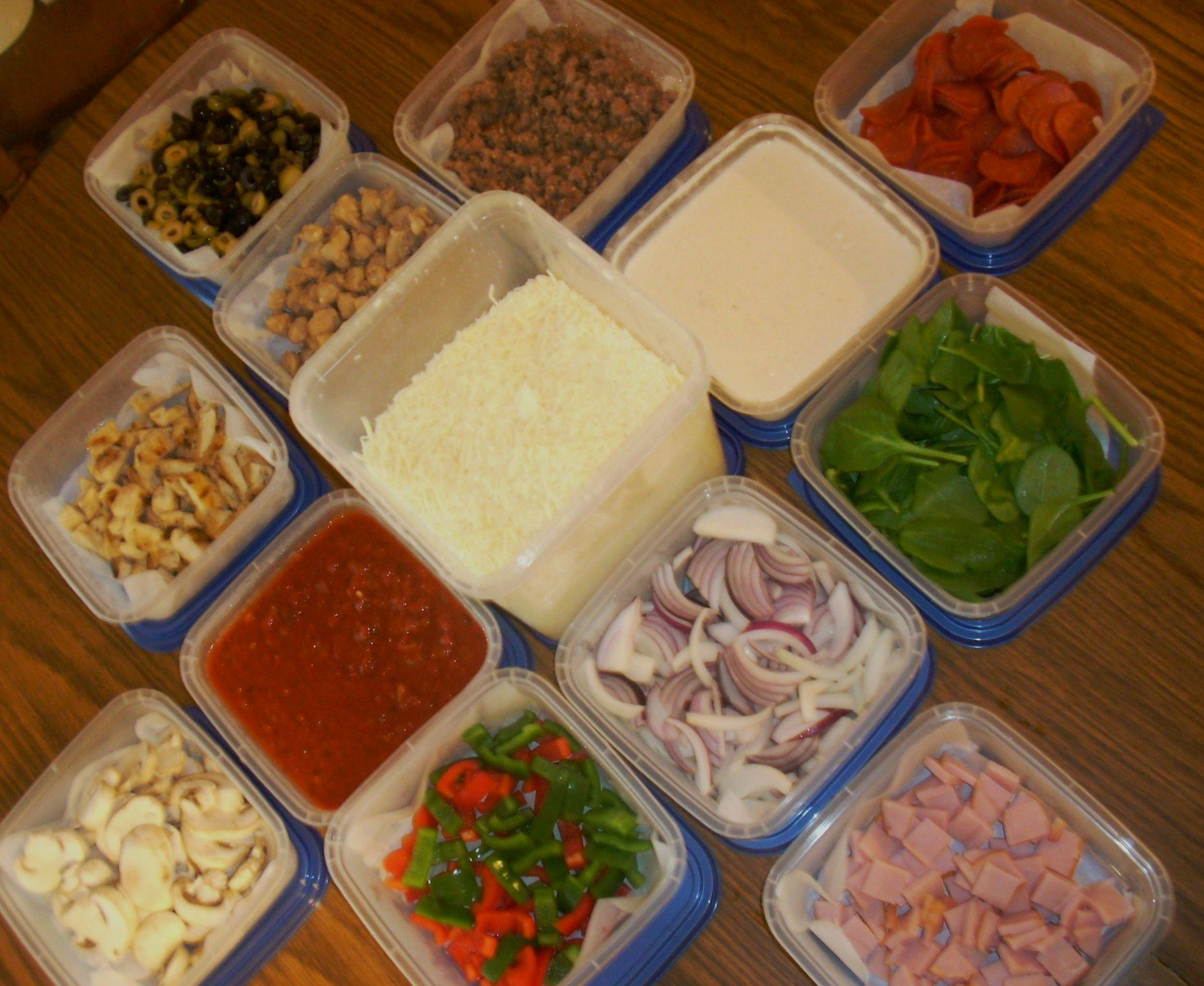 topping bar for build your own pizza party party pinterest