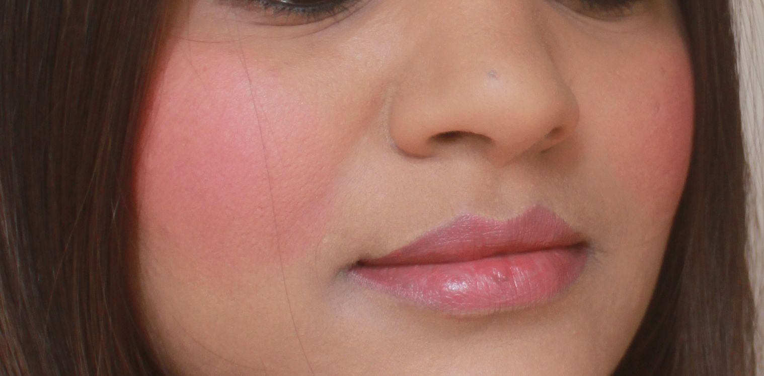 MAC Frankly Scarlet ..how close can u get :P http://www.wiseshe.com/2012/11/mac-frankly-scarlet-blush-review-swatches-fotd.html