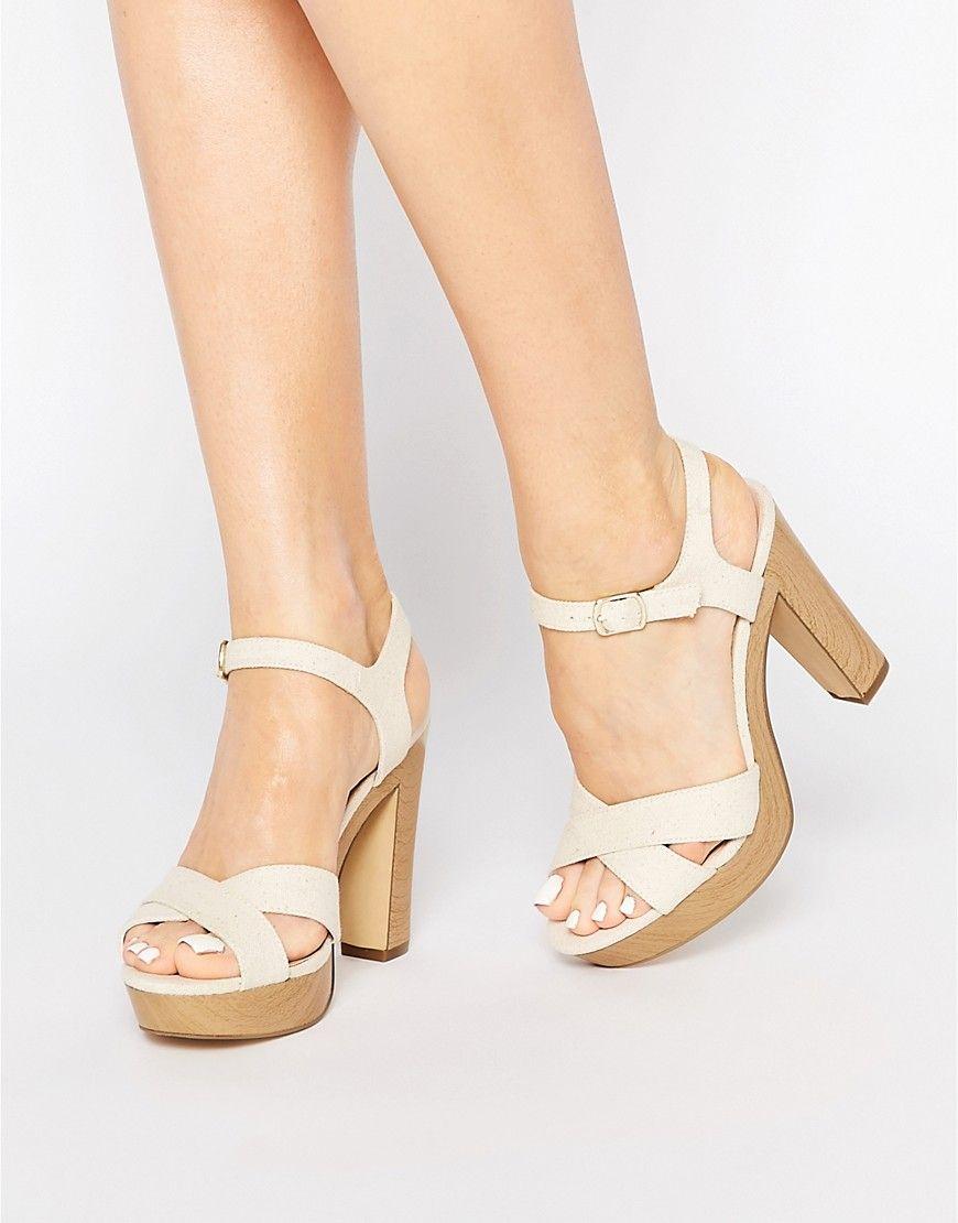 Sandalias de tacón con tira cruzada de New Look 0K7P52YF1