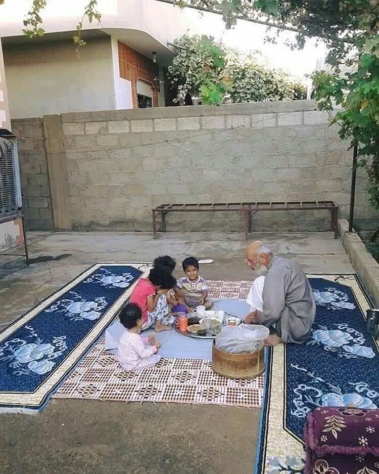 All About Damascus رحت ع العطار وسألته عندك ريحة اسمها تراب الوطن عندك ريحة خبز أمي طيب عندك ريحة فروة أبوي عندك Outdoor Blanket Picnic Blanket Outdoor