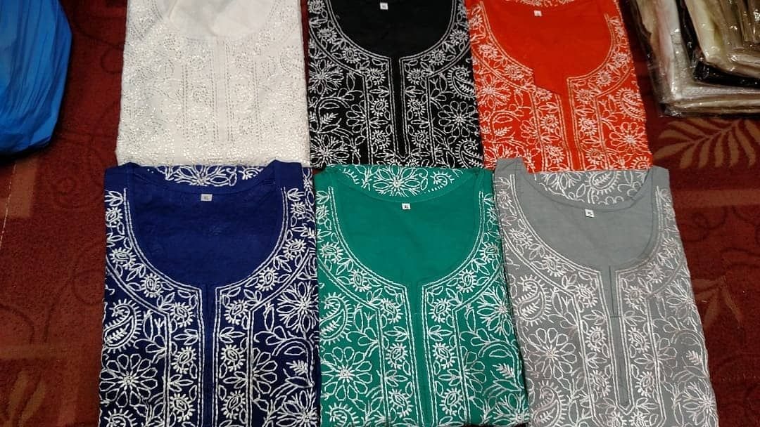 Chicken Kari Kurtas Available in stock !  Stuff: Cotton Lawn  Sizes: S,M,L,XL  We delivered worldwide  Price: 2500-/pkr Each ⬅️⬅️⬅️ more colors Here  Inbox us for order & Availability
