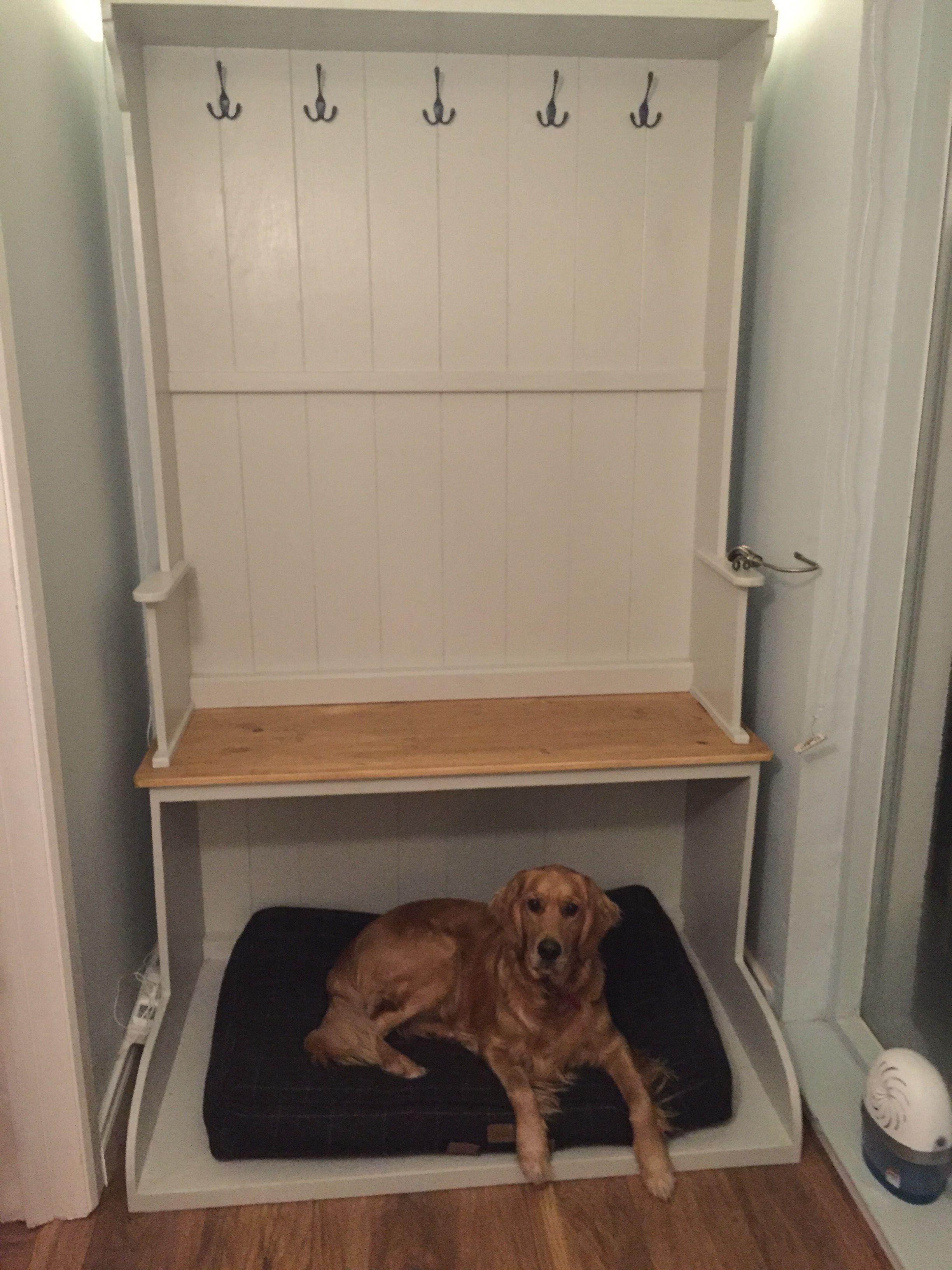Strange Monk Bench Dog Bed In 2019 Dog Bed Monks Bench Mudroom Uwap Interior Chair Design Uwaporg