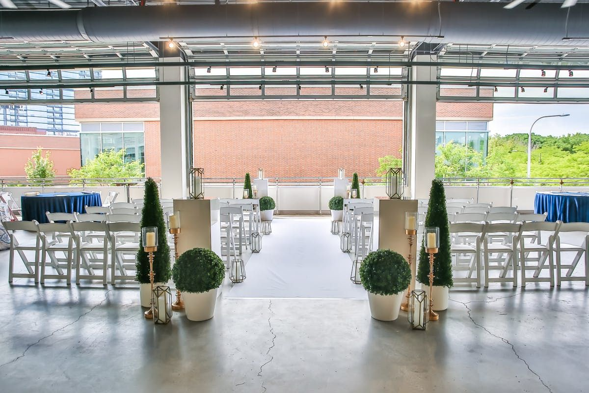 13 Affordable Chicago Wedding Venues See Prices In 2020 Chicago Wedding Venues Wedding Venue Chicago Suburbs Wedding Venues