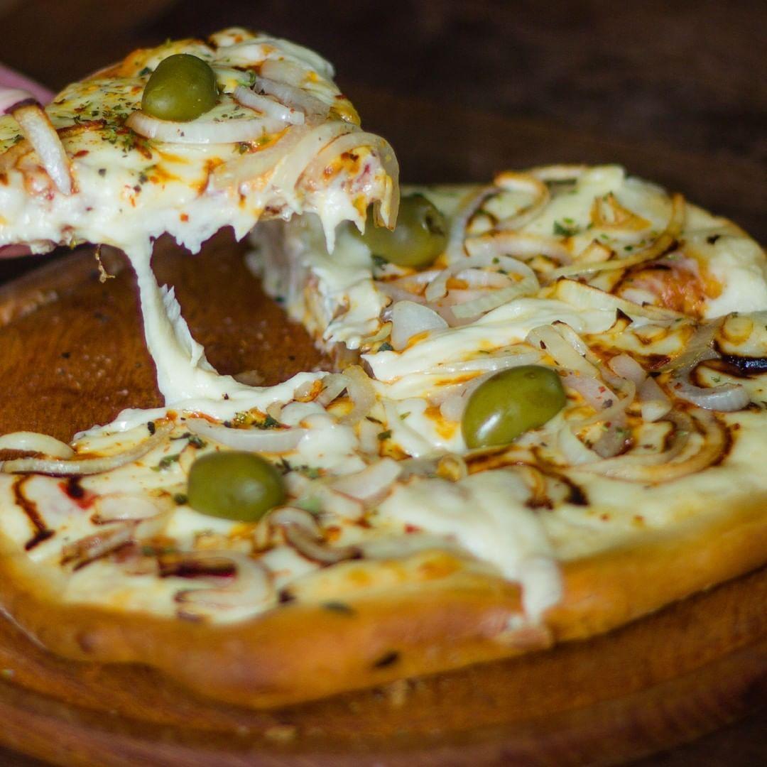 Sábado De Buenos Amigos As Y Buena Pizza Keegans