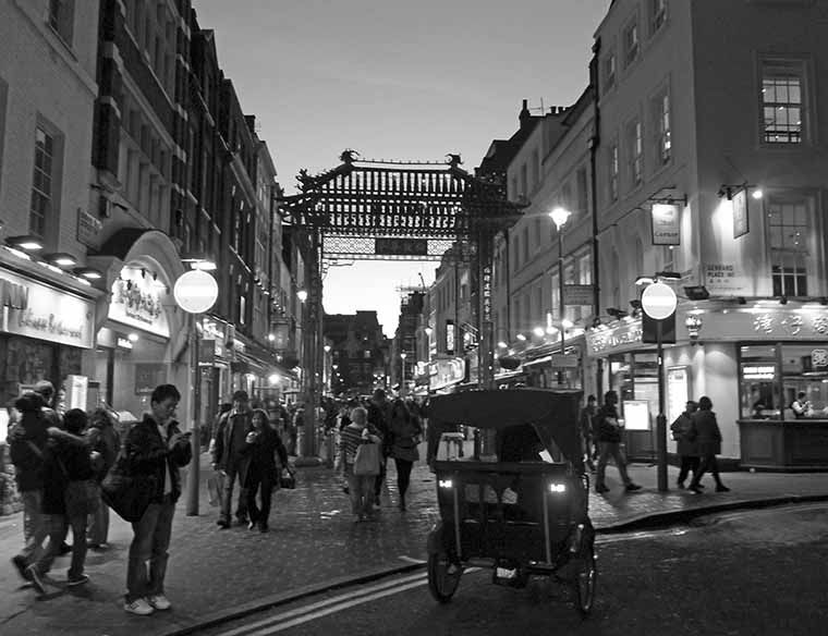Old black and white photography stunning black and white pictures of london
