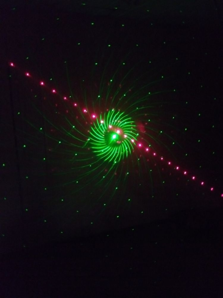 Jeteven Projector Christmas Light Outdoor/ Indoor 8 Patterns Gobos