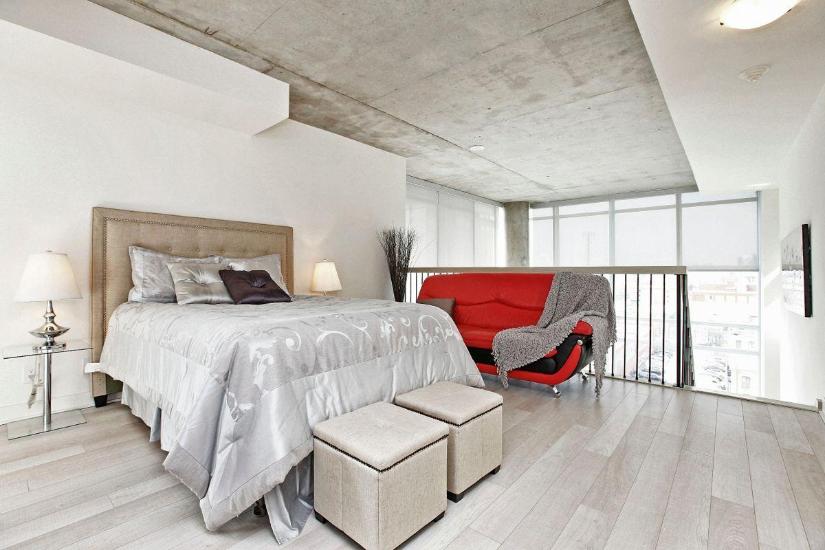 Just Sold 2 Storey 2 Bedroom Den Loft At 5 Hanna Ave Suite 639 Concrete Walls Interior Home Decor Interior
