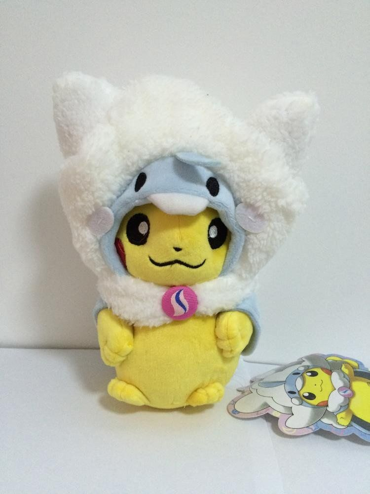 Pokemon Pikachu with Mega Altaria Costume 9\