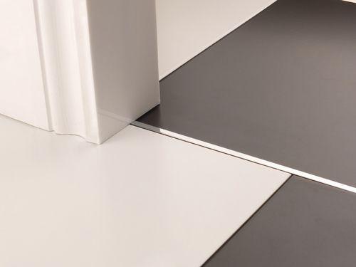 Best Premier Trim Divider In Chrome Flooring Doorbar Lvt 400 x 300