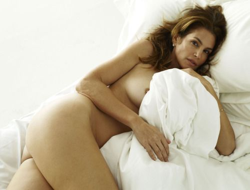 Are Cindy crawford naked are mistaken