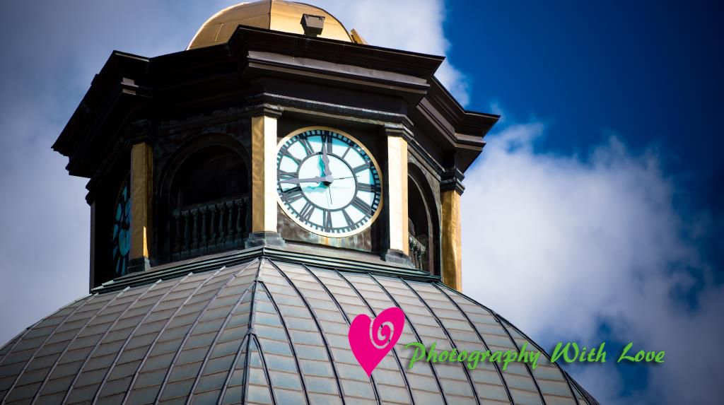 Clock and dome of the boone county courthouse in lebanon