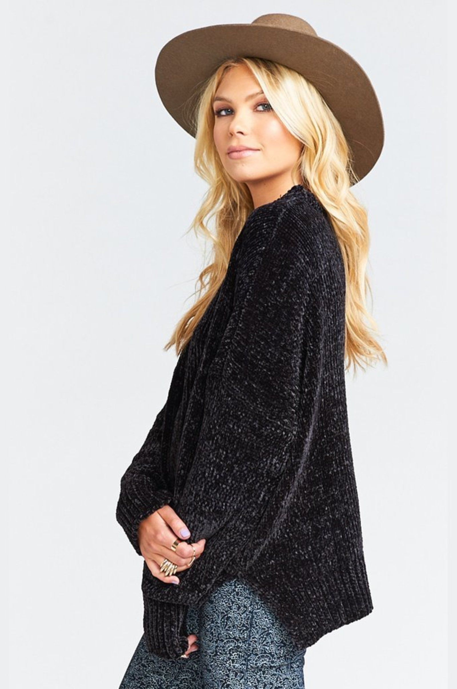 Show Me Your MuMu Jesse Chenille Sweater. Oversized Sweaters. Comfy Casual Outfits. Basic Essentials. Indigo Octopus.