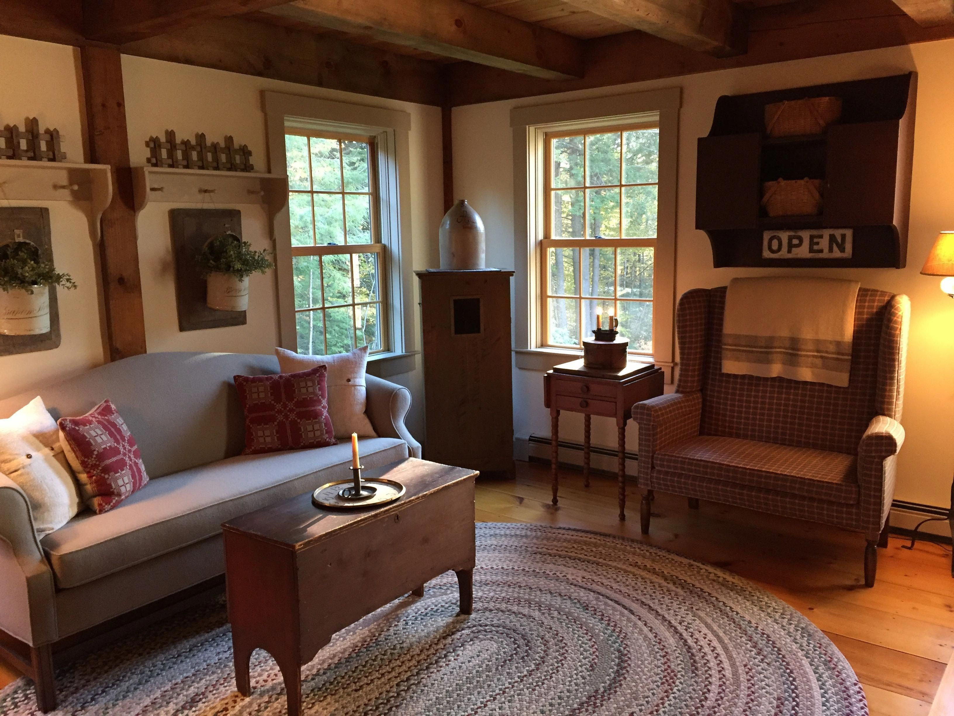 30 Early American Living Room Furniture In 2020 Primitive Living