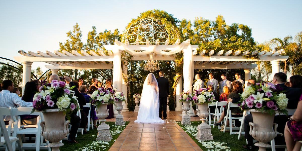 Weddings At Villa De Amore In Temecula Ca Wedding Spot Temecula Wedding Venues Wedding Southern California Wine Country Wedding Venues