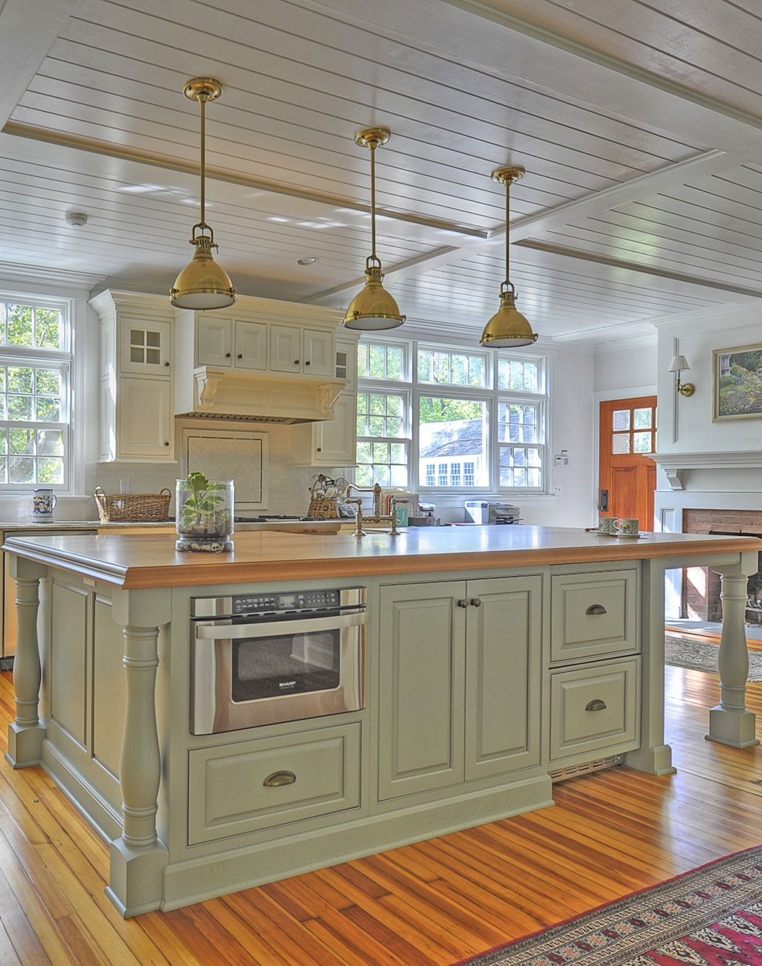 Pleasing traditional kitchen cabinets plain u fancy cabinetry