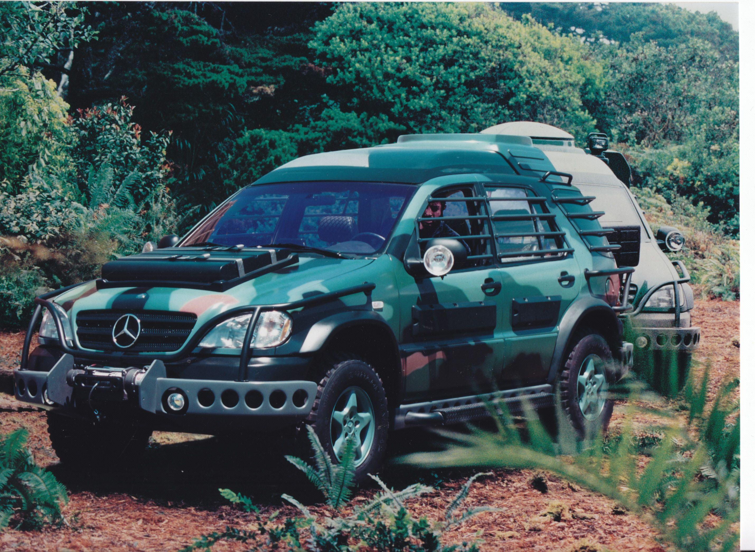 """Mercedes-Benz M-Klasse """"Jurassic Park"""" (# A97 F 3205 ..."""