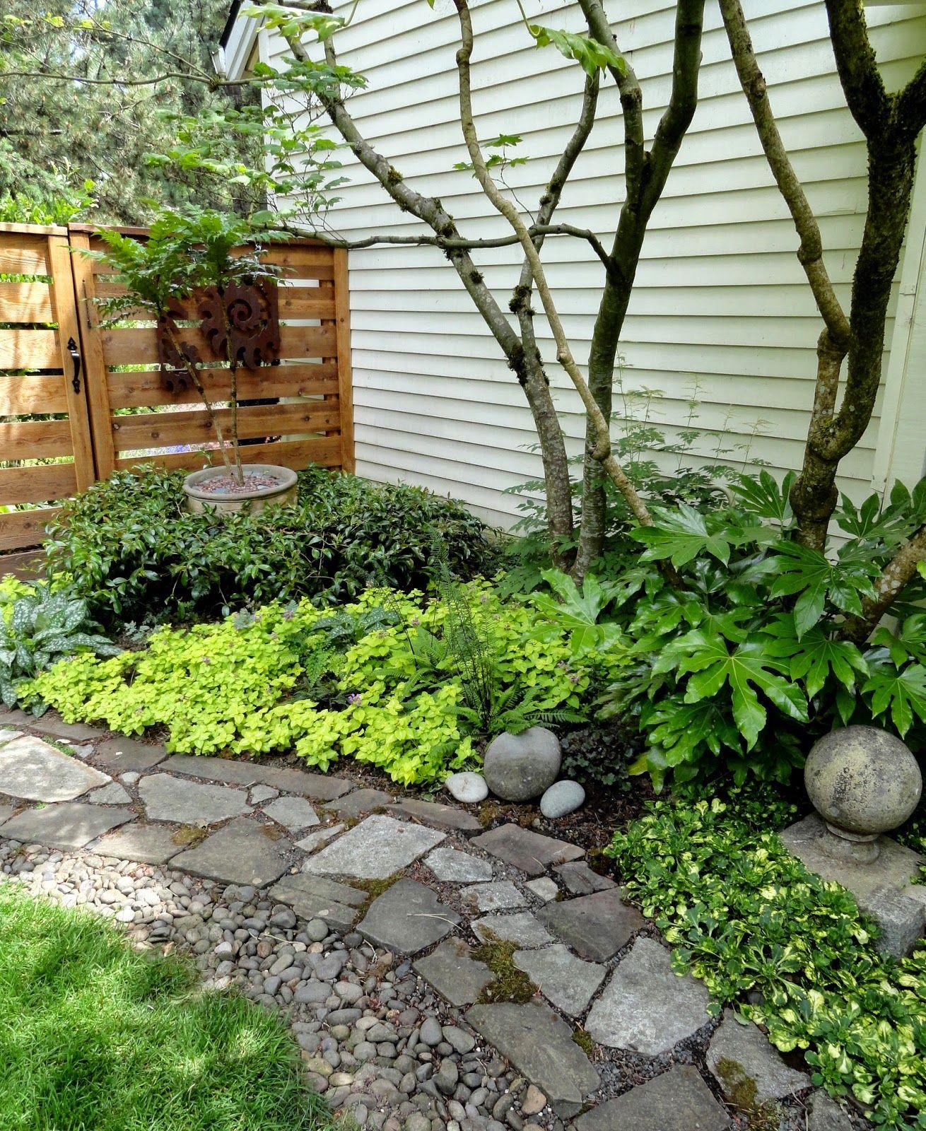 Good sentieri per giardini arte per giardini del giardino - Foto piccoli giardini casa ...