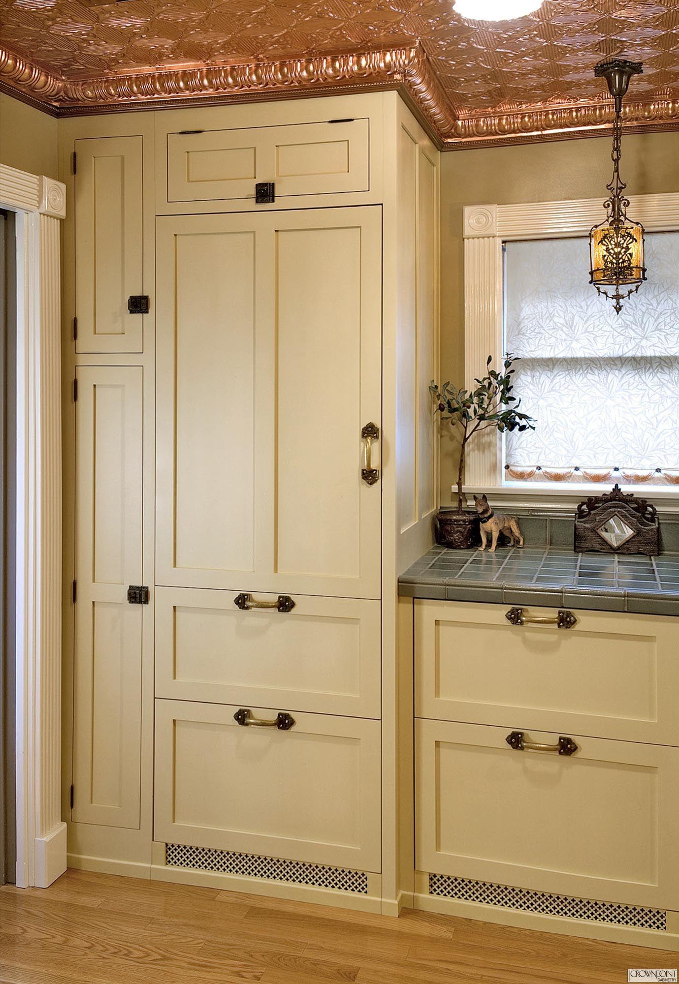 Gallery 20 | Victorian kitchen, Antique white kitchen ...