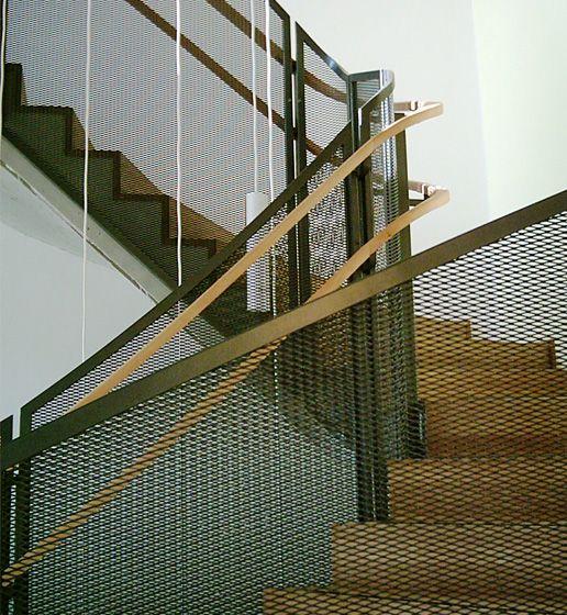 Treppengeländer design metall effektvoll weiße kücheninsel küche ...