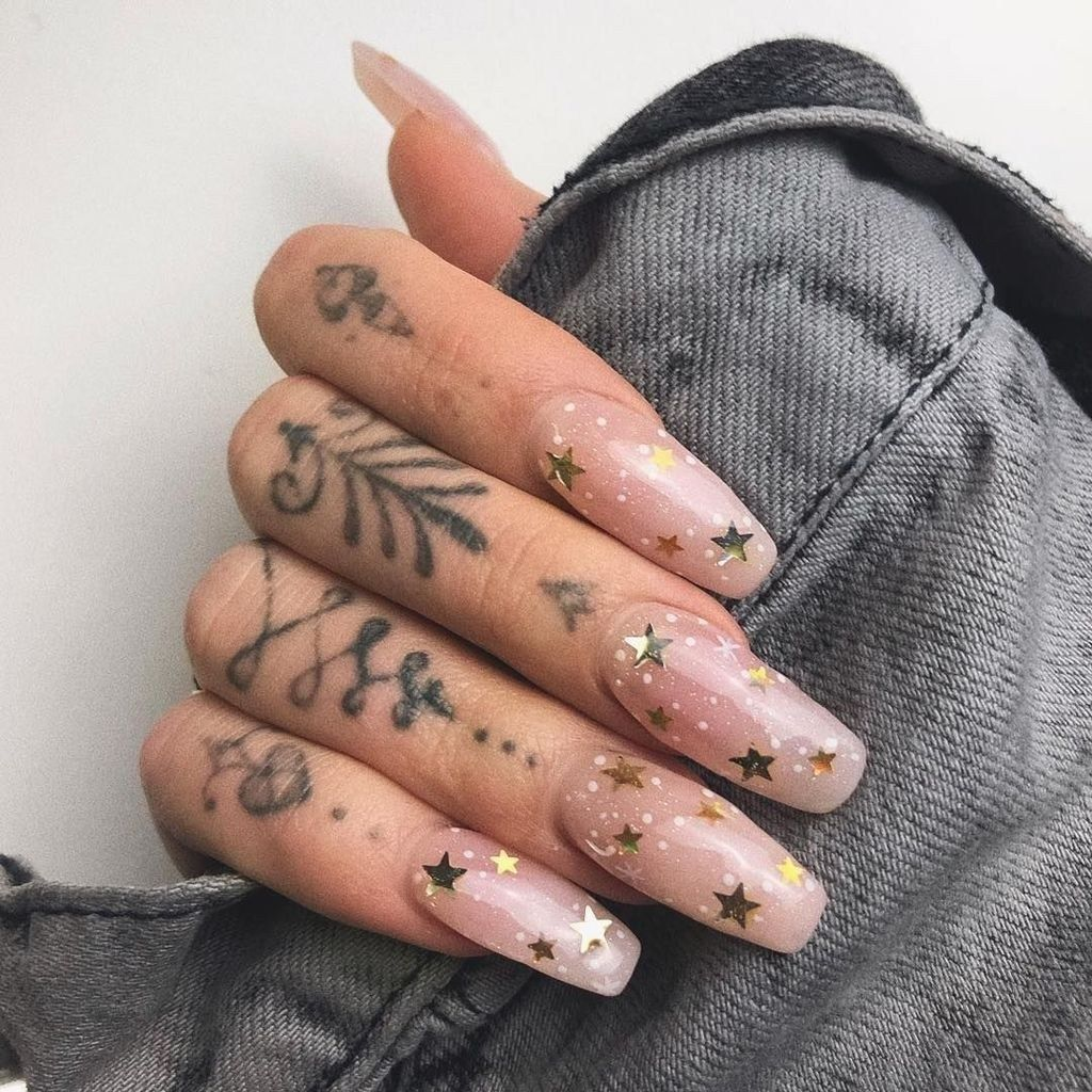 51 Looks Sexy Women with Nail Art Design 2019 #nailart