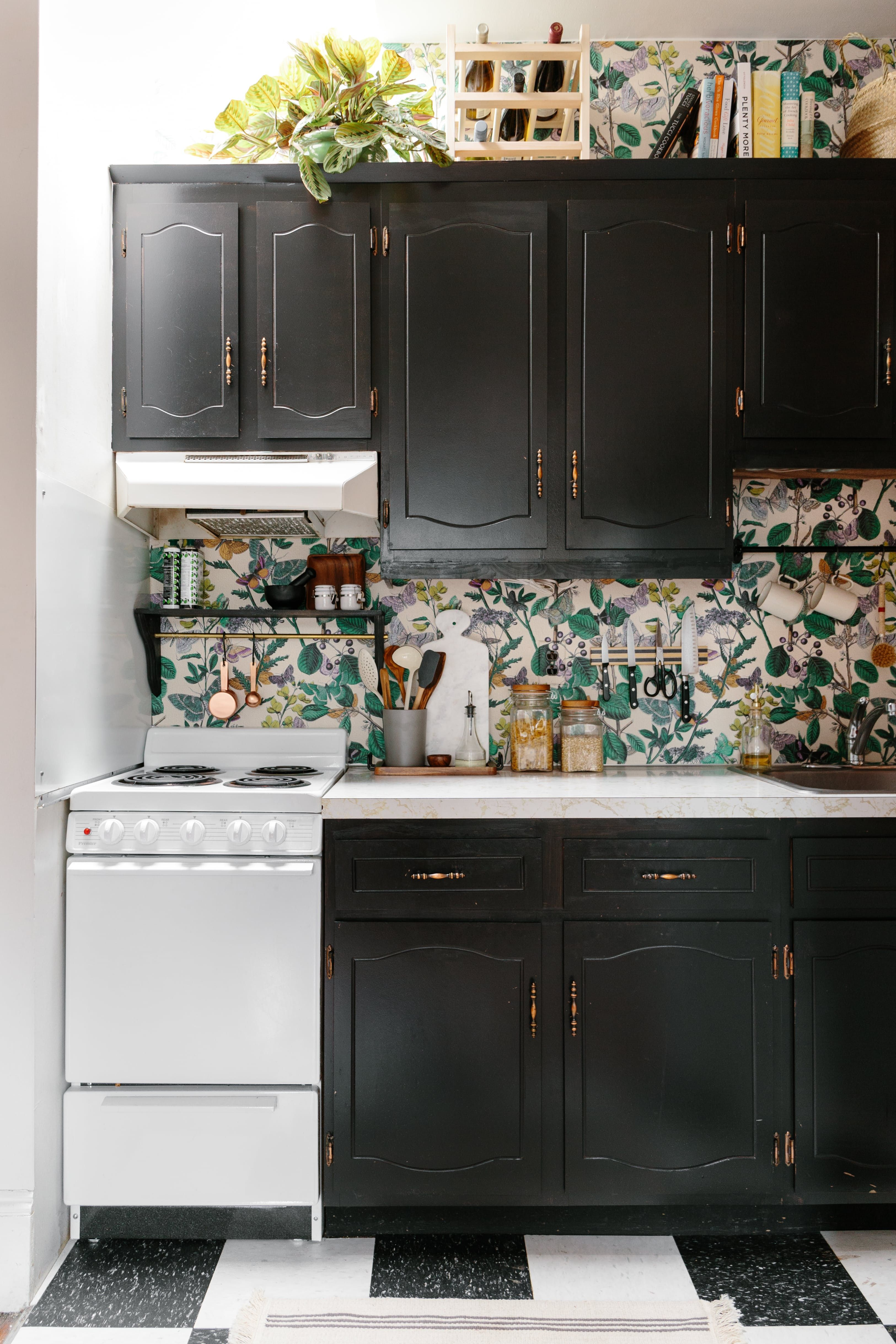 you don u0027t have to live with ugly kitchen cabinets appliances or backsplashes in your rental  here are diy ways to fix these top rental problem spots   300 later this rental kitchen is no longer recognizable   rental      rh   pinterest co uk