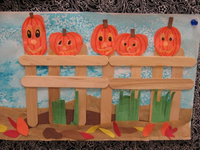 Fall Craft Project- Pumpkins on a Fence