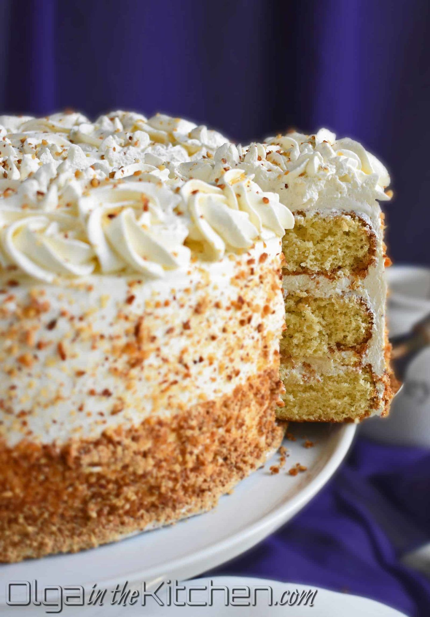 Honey Cake With Sour Cream Frosting Olga In The Kitchen Recipe Sour Cream Frosting Sour Cream Cake Bread Recipes Sweet