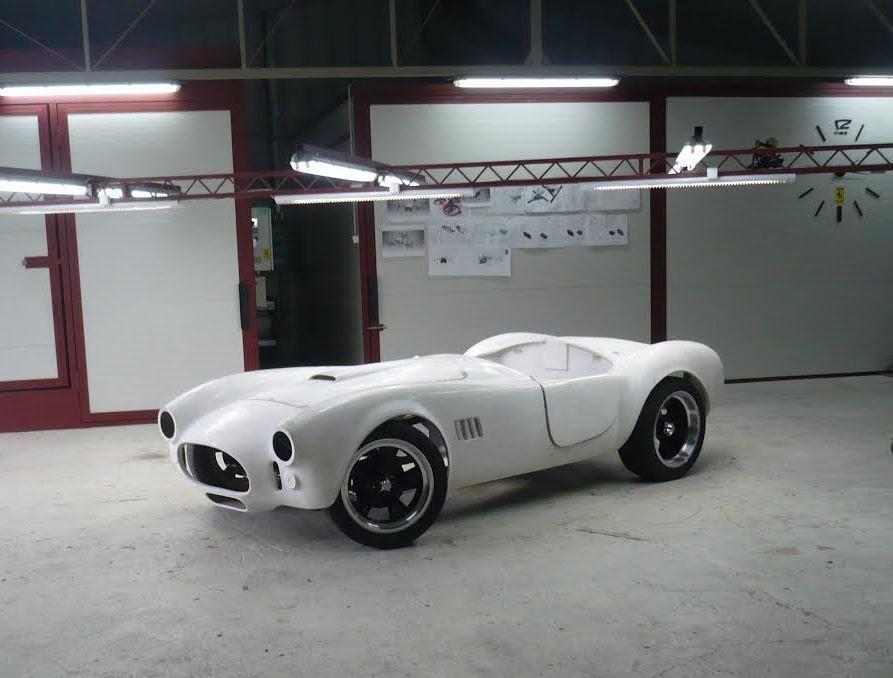AC Shelby Cobra Rolling Chassis Kit Car Full Fiberglass Body