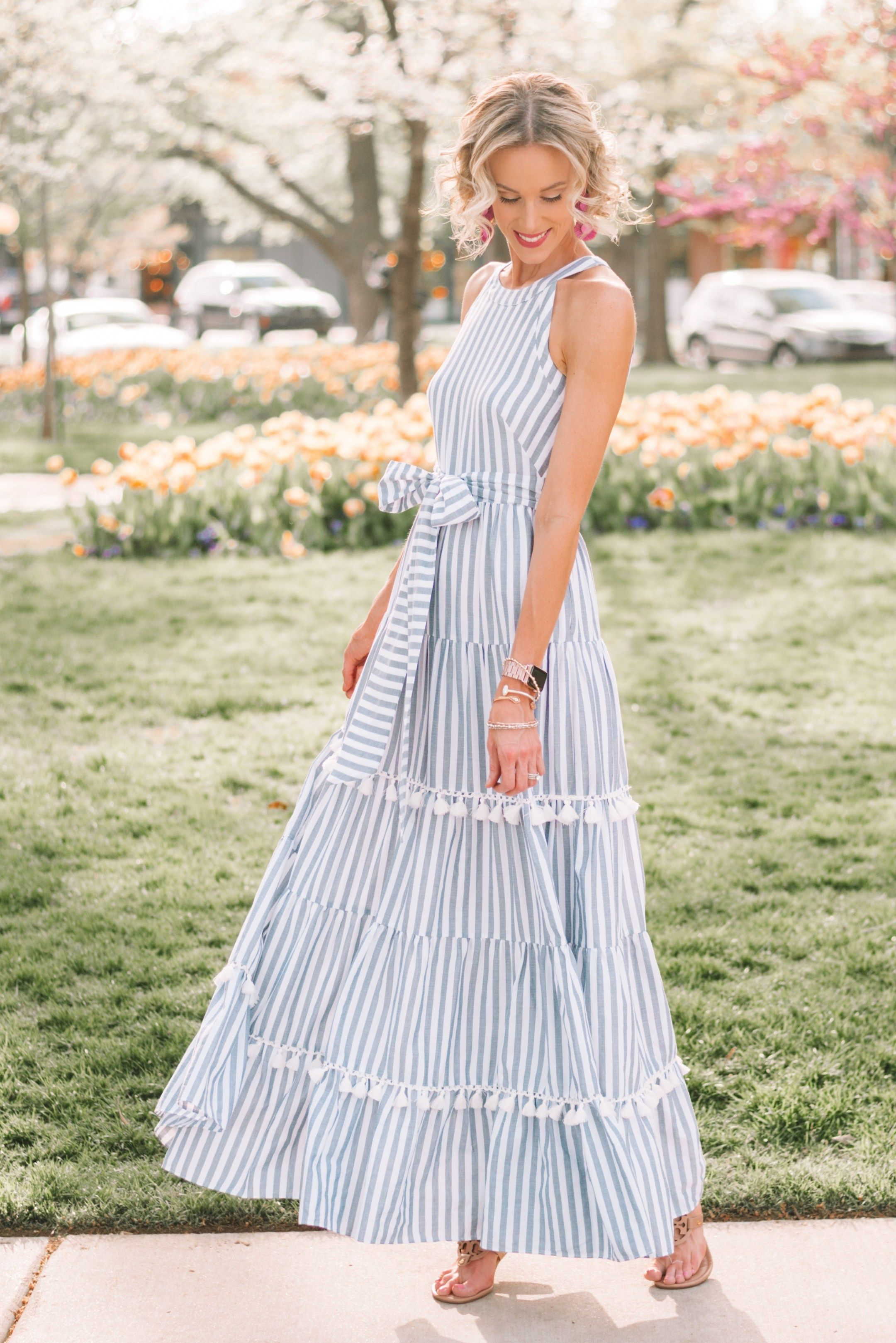 The Maxi Dress Of My Dreams Straight A Style Maxi Dress Flowy Dress Long Long Flowy Maxi Dresses [ 3235 x 2160 Pixel ]