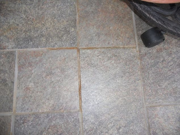 how do i get rust off of tile and grout