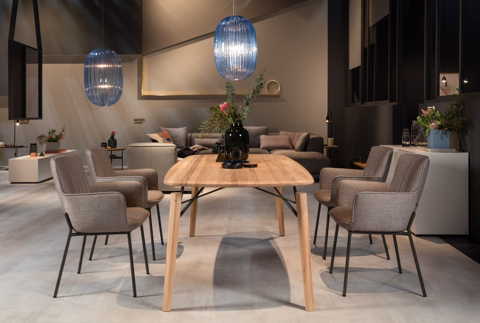 Choose Rolf Benz 964 The Lightness Of Relaxed Hours Table Livingroom Homelover Furniture Design Interior Furniture Luxury Furniture Dining Table