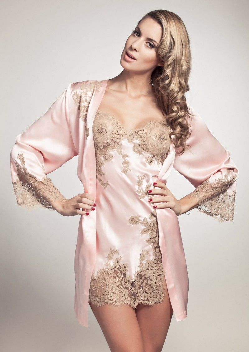 marjolaine jardin combinette deshabille court in rose pink pleasurements luxury nightwear. Black Bedroom Furniture Sets. Home Design Ideas