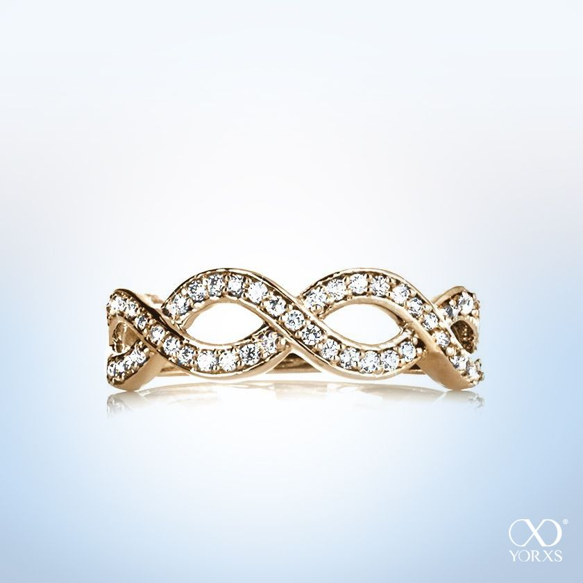 """Conago"" diamond ring in gold is the perfet asseccory for summer #yorxs #diamantring #gold  #sommer"