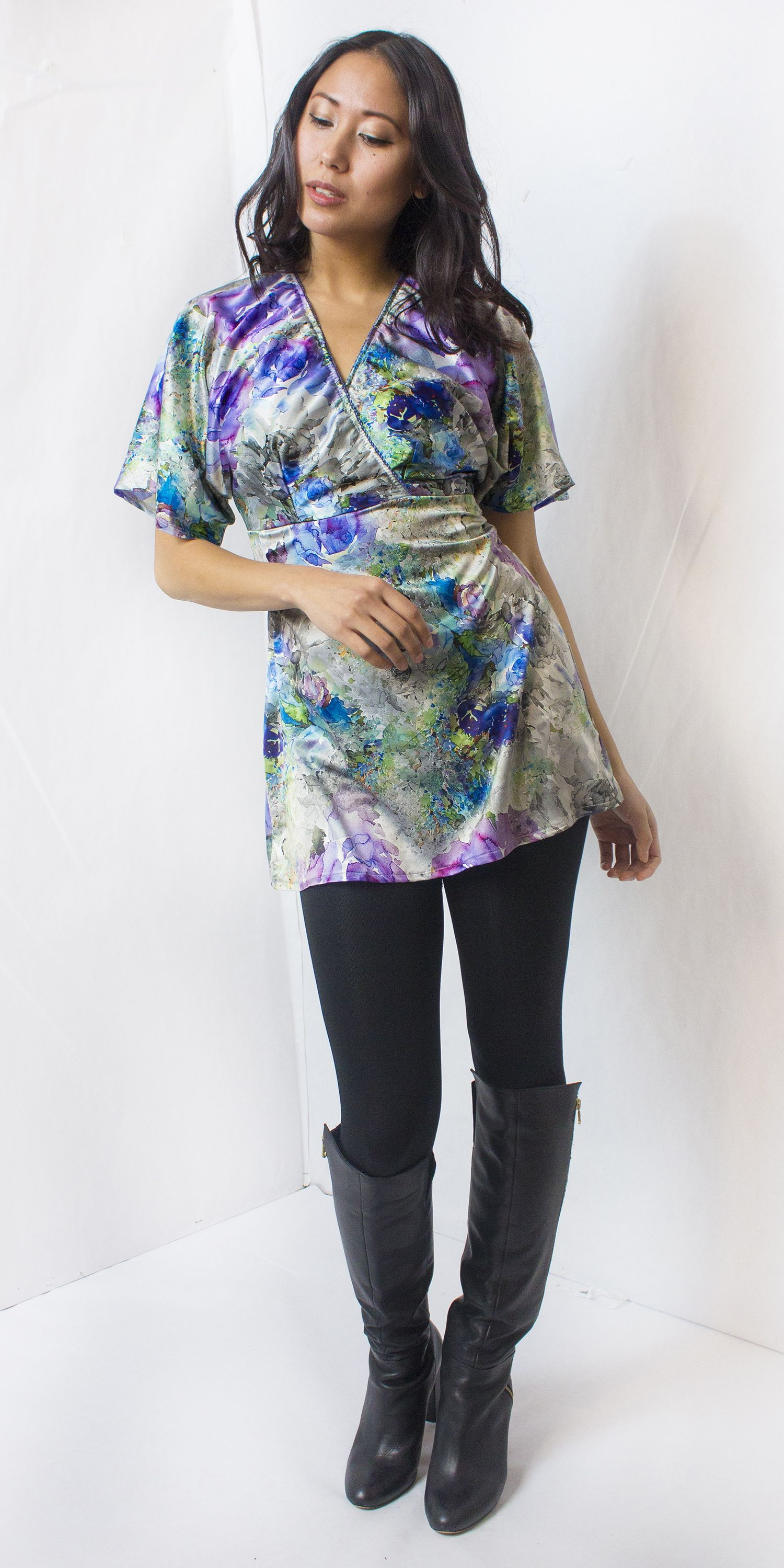 99cbb81bca1 Purple Floral Satin Tunic Top