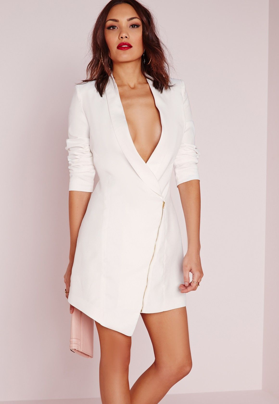 Get your style fix and look fierce this season in this crisp white ...