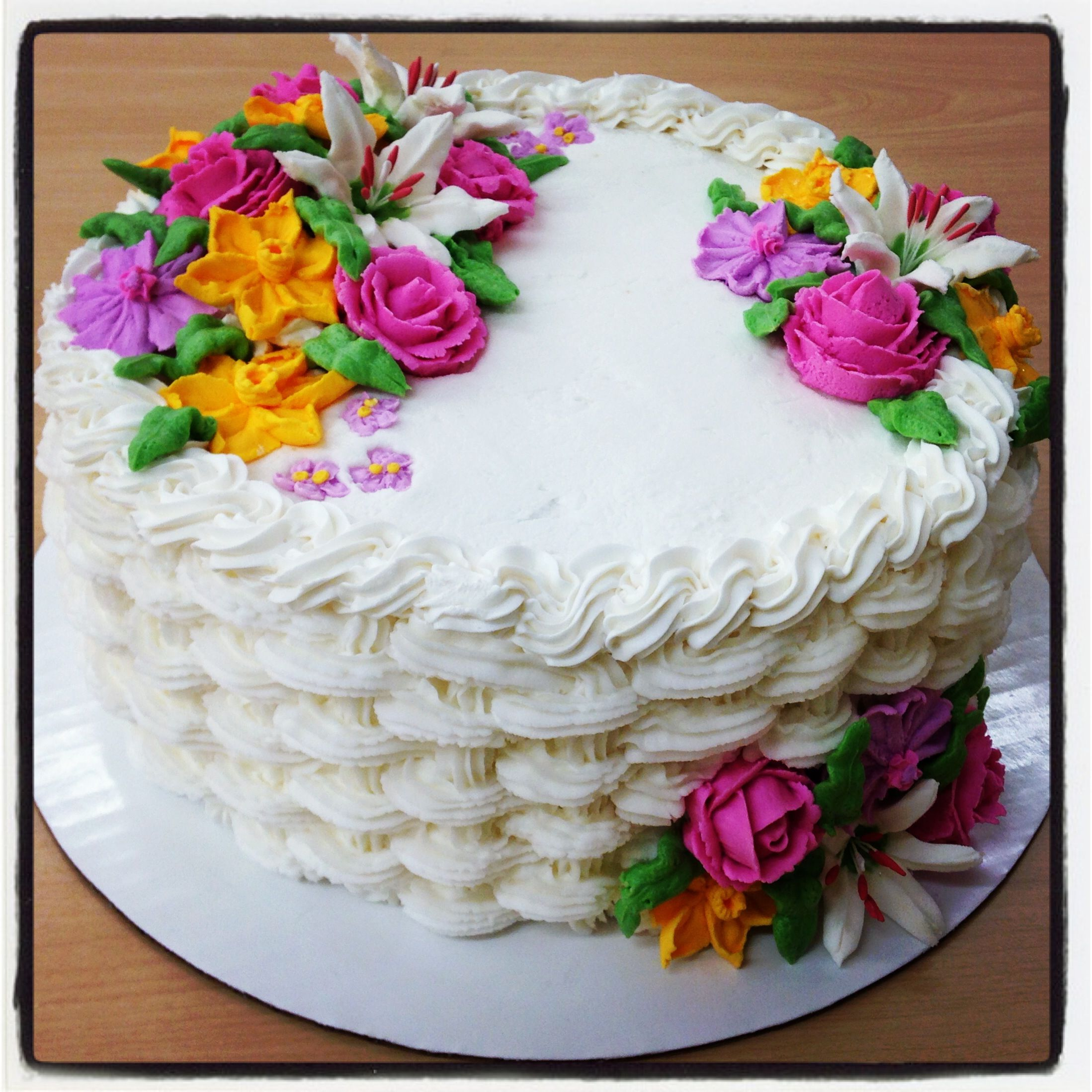 Butter Icing Cake Decorating Ideas : Buttercream basket weave cake with royal icing flowers ...