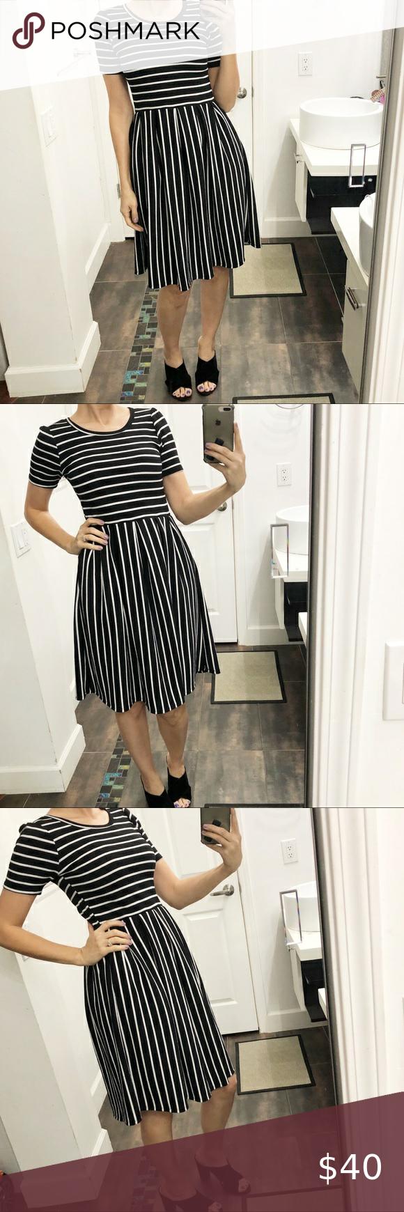 Nwot Lularoe Beautiful Black White Dress Small New Without Tags Black And White Stripes Stretchy Dress I M Si Black White Dress White Dress Stretchy Dress [ 1740 x 580 Pixel ]