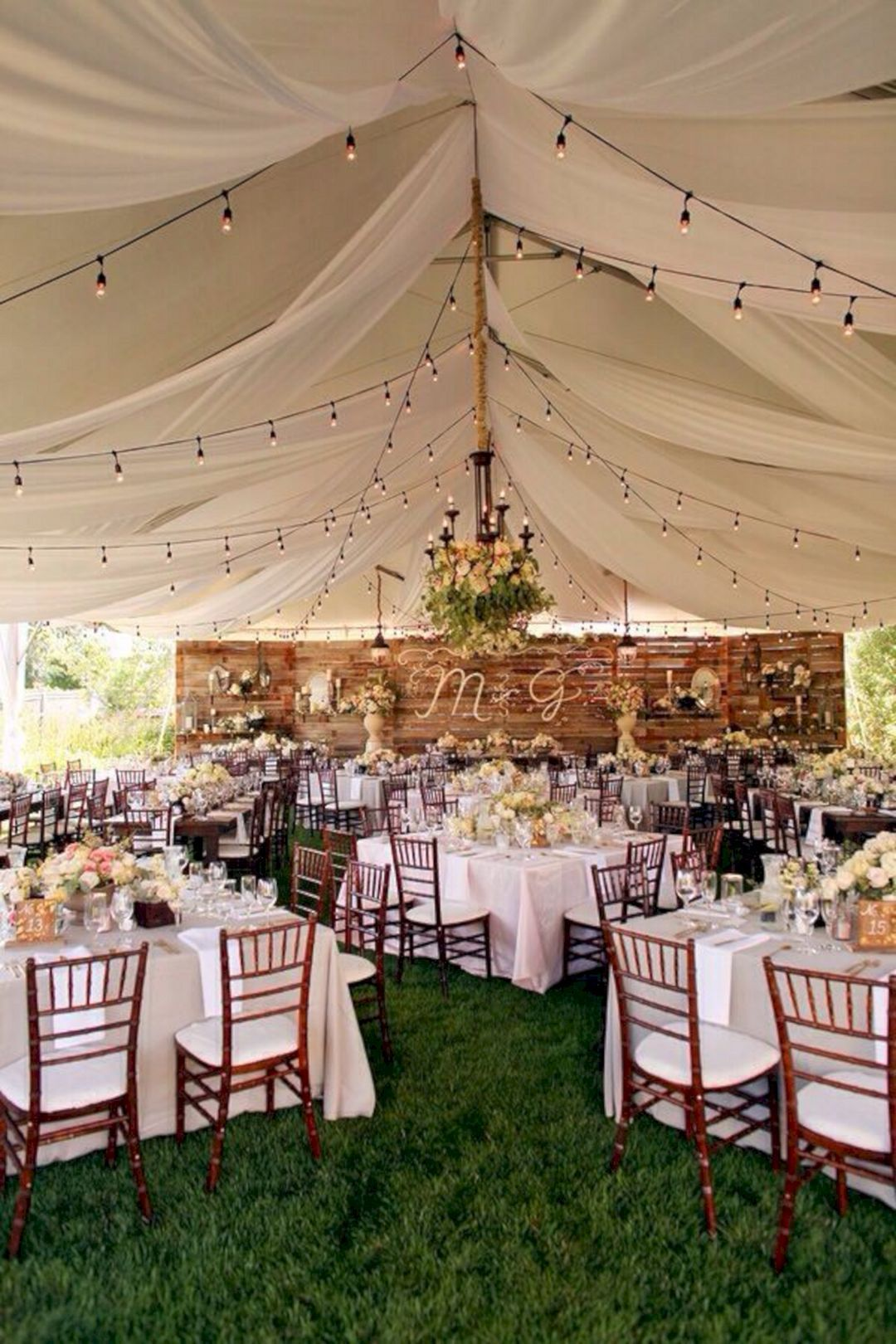Ideas for wedding decorations outside   Best Backyard Wedding Decoration Ideas On A Budget  Backyard
